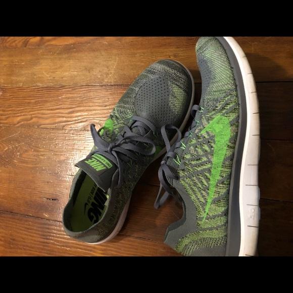 c83137052241e5 Nike Free 5.0 FlyKnit Men s 11.5 running shoes! M 5c31e973194dadb0ac59bfeb